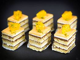 Petit Fours Orange Opera