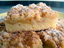 Coconuts Apple Crumble Cake